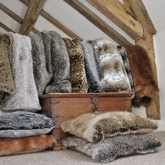 Throws | Behrens Home Textiles, Cushions, Throws & Home Accessories Supplier, Manchester, United Kingdom